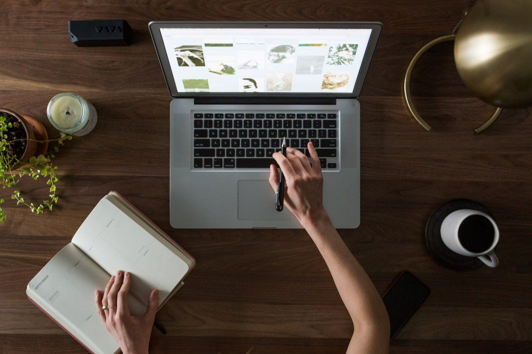 negative-space-overhead-laptop-coffee-notebook-matthew-henry-thumb-1-2.jpg